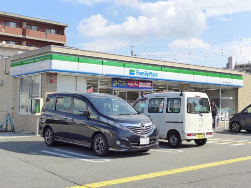 FamilyMart(周辺)
